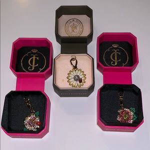 Juicy couture flower charm set